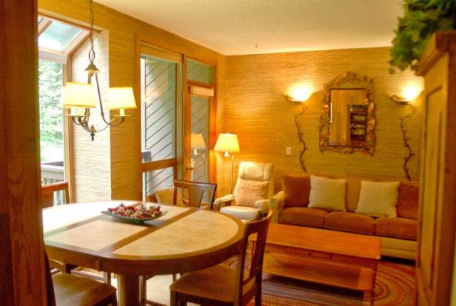 Mt. Baker Lodging Condo #84 – SAUNA, FIREPLACE, DISHWASHER, W/D, SLEEPS-6! photo 60817