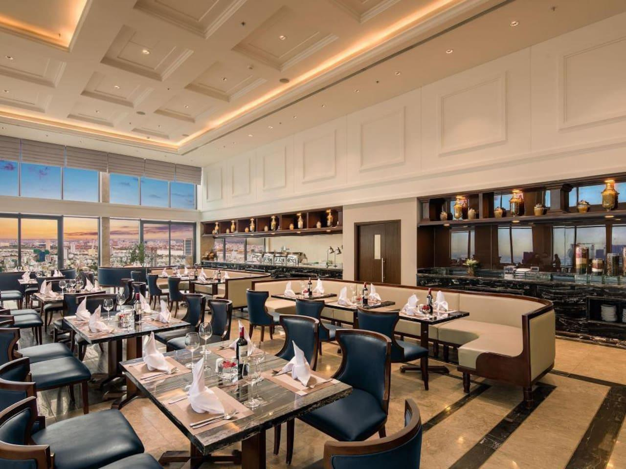 Altara Suites by Sheraton (30th floor) photo 18315360
