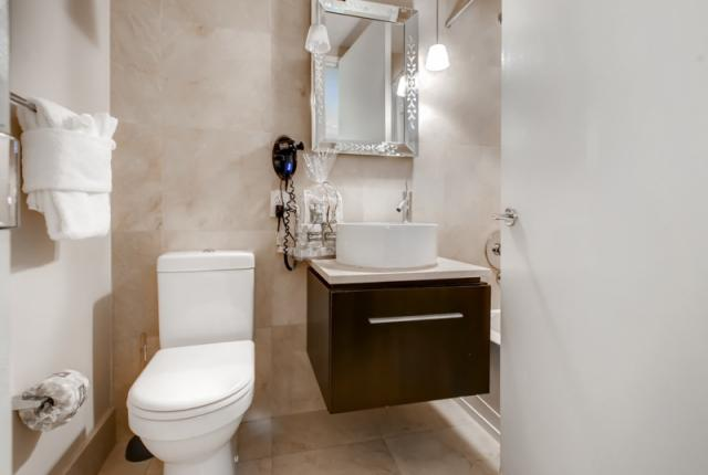 Luxury Apt in the heart of the Financial District photo 53006