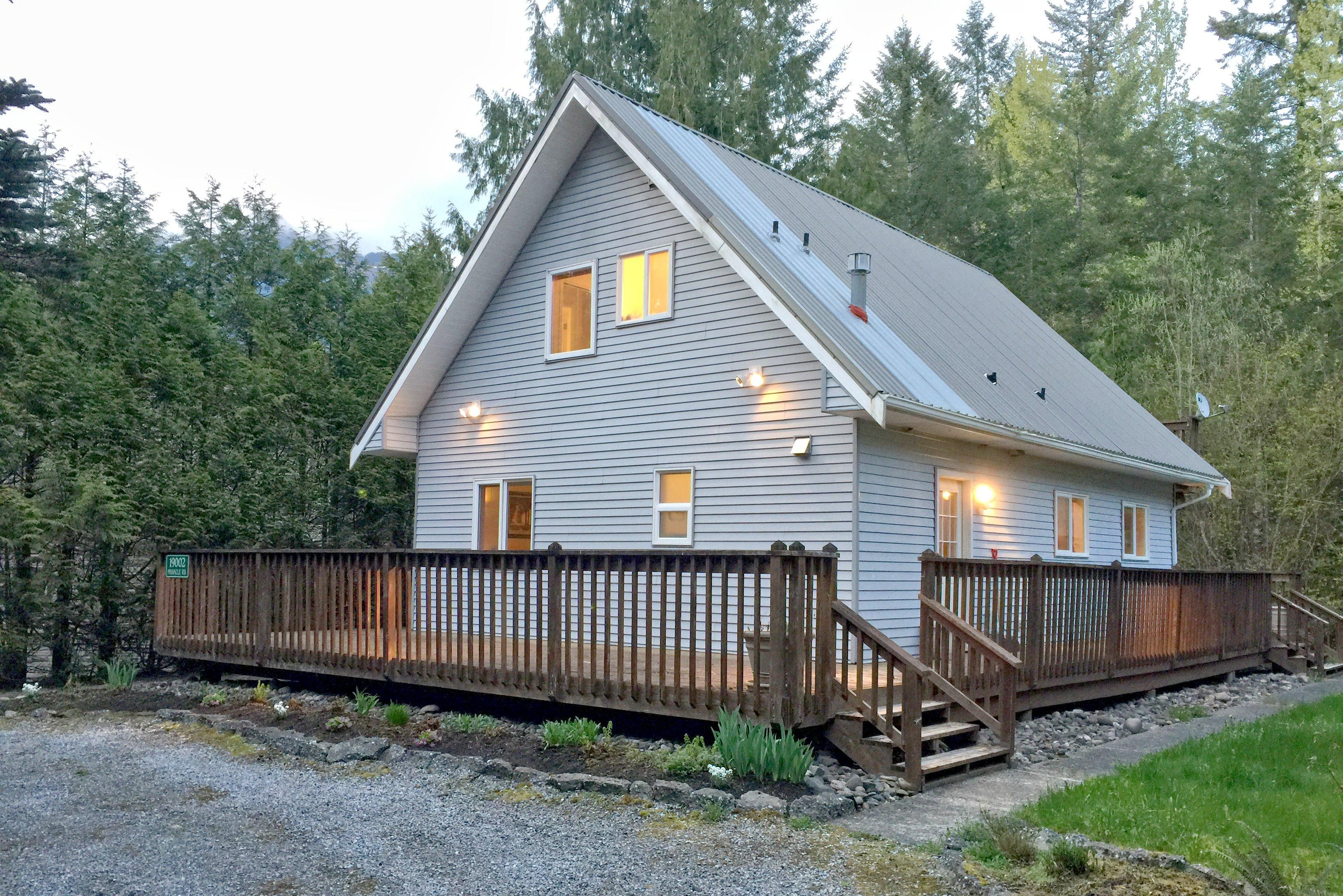 Mt. Baker Lodging Cabin #58 – FIREPLACE, DISHWASHER, WIFI, SLEEPS 6! photo 4276505