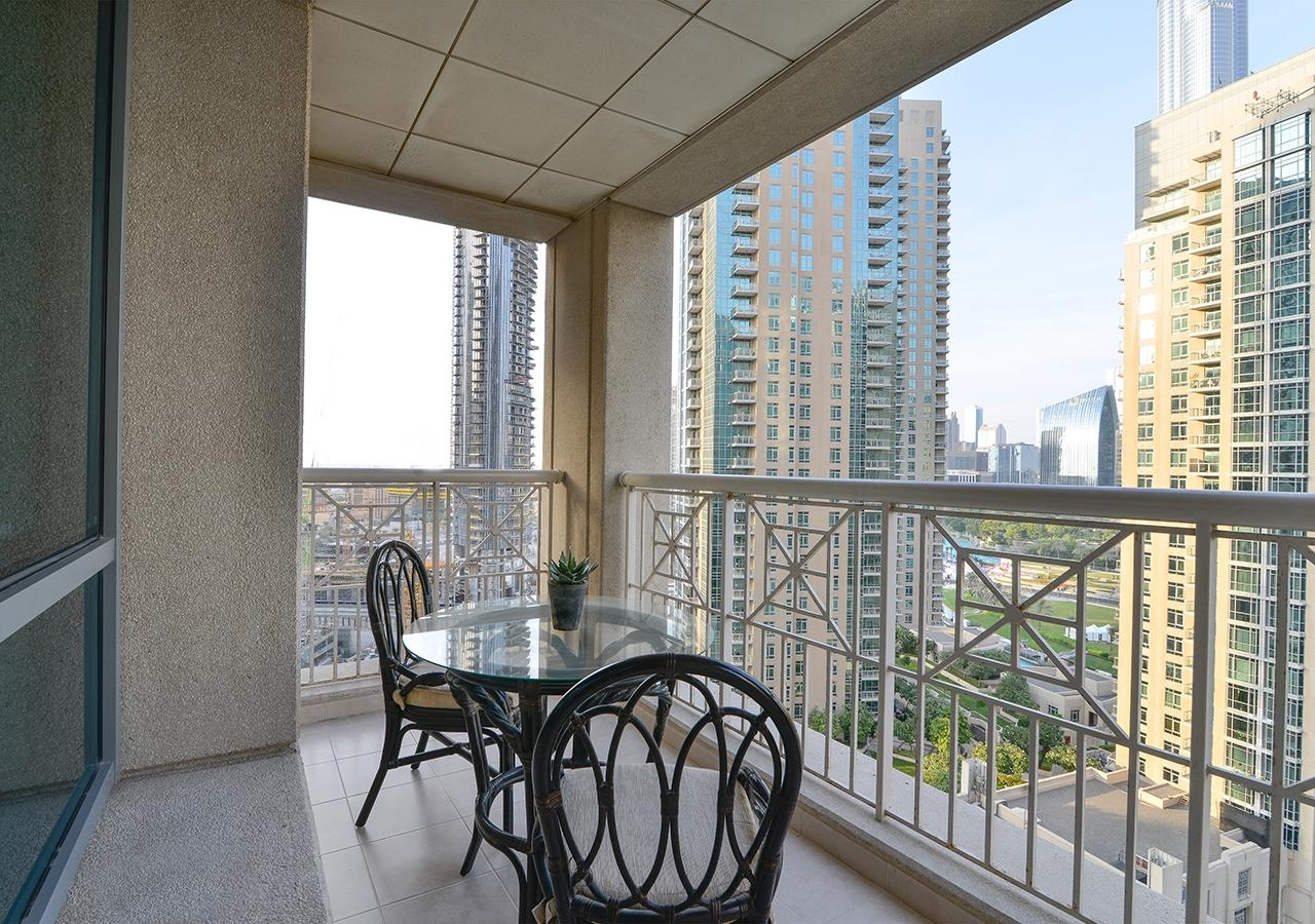 Apartment Starlight  Ease by Emaar    Amazing 1 Bedroom     photo 31797325