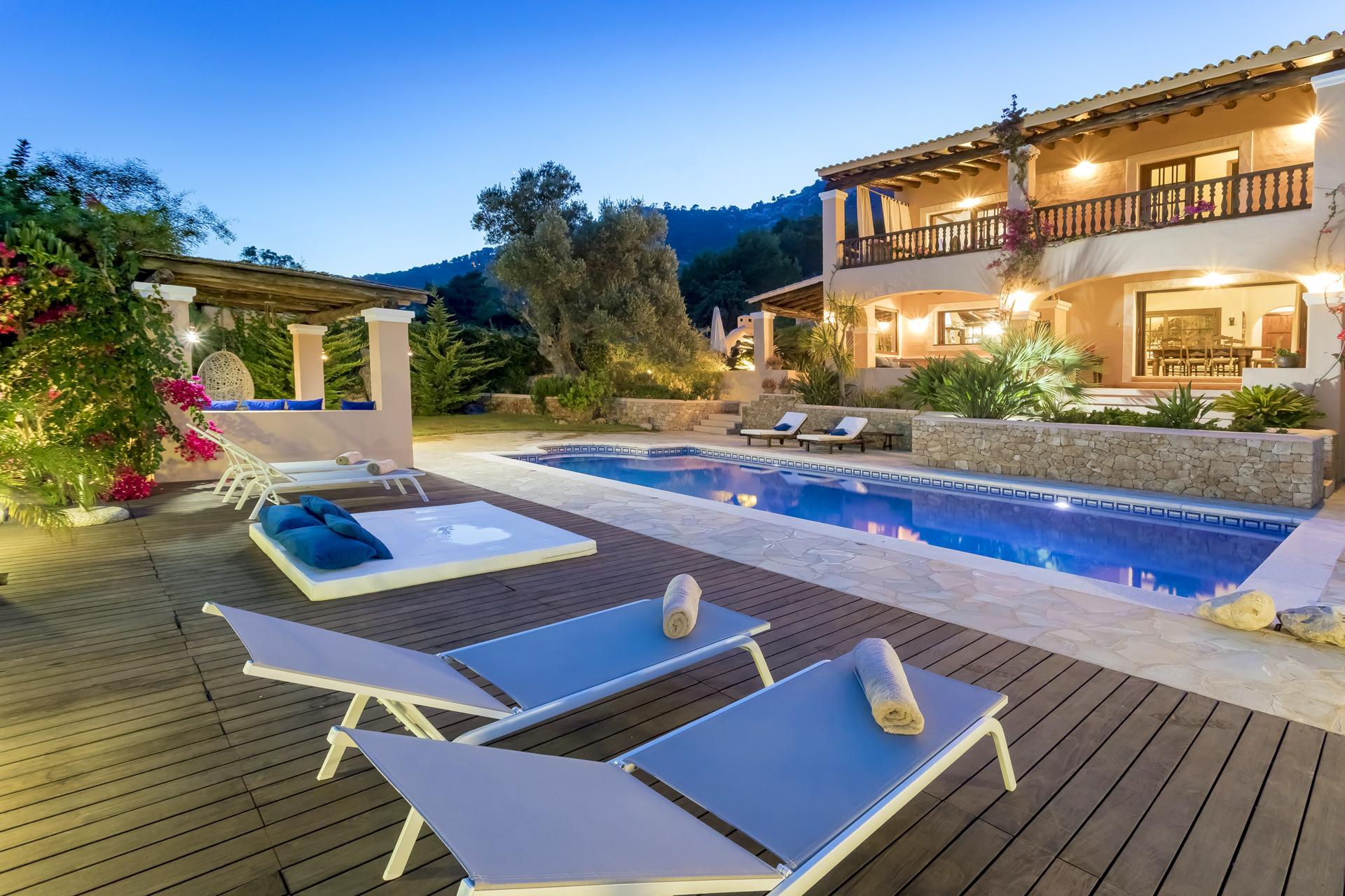 Apartment Villa Cas Berris  Lujo y Vista mar en Es Cubells photo 17719981