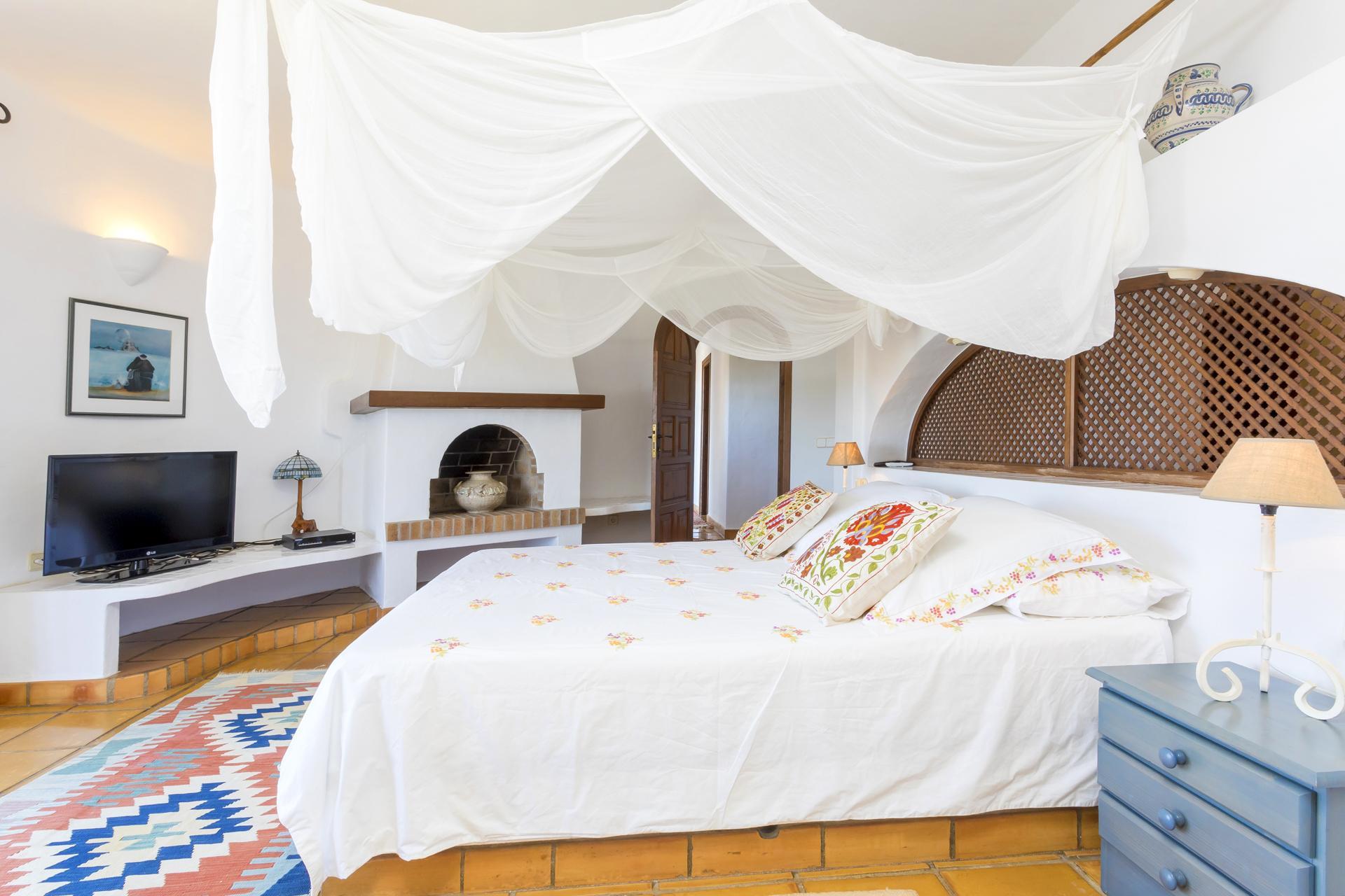 Apartment Villa Cas Berris  Lujo y Vista mar en Es Cubells photo 17812550