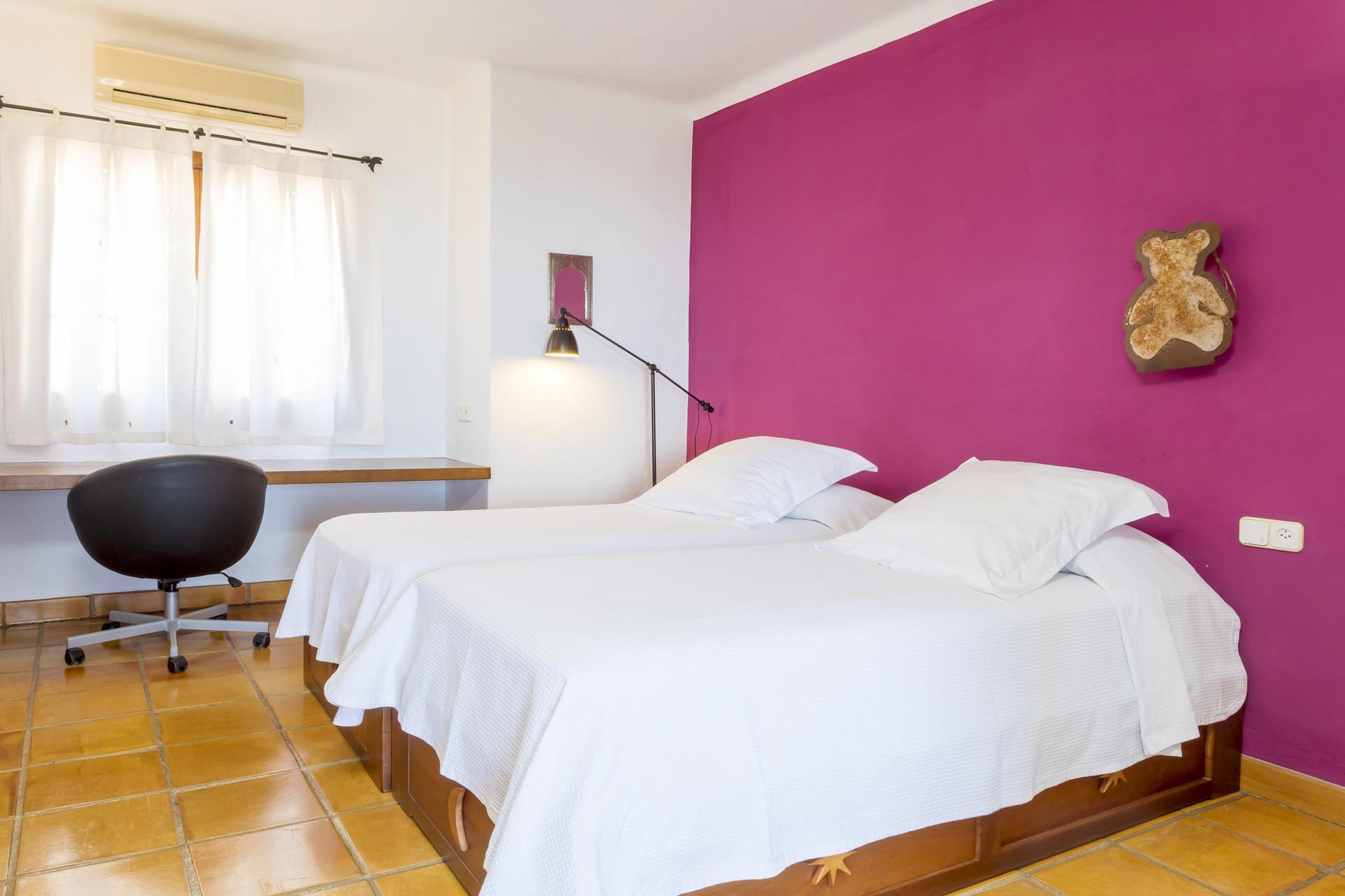 Apartment Villa Cas Berris  Lujo y Vista mar en Es Cubells photo 17428588