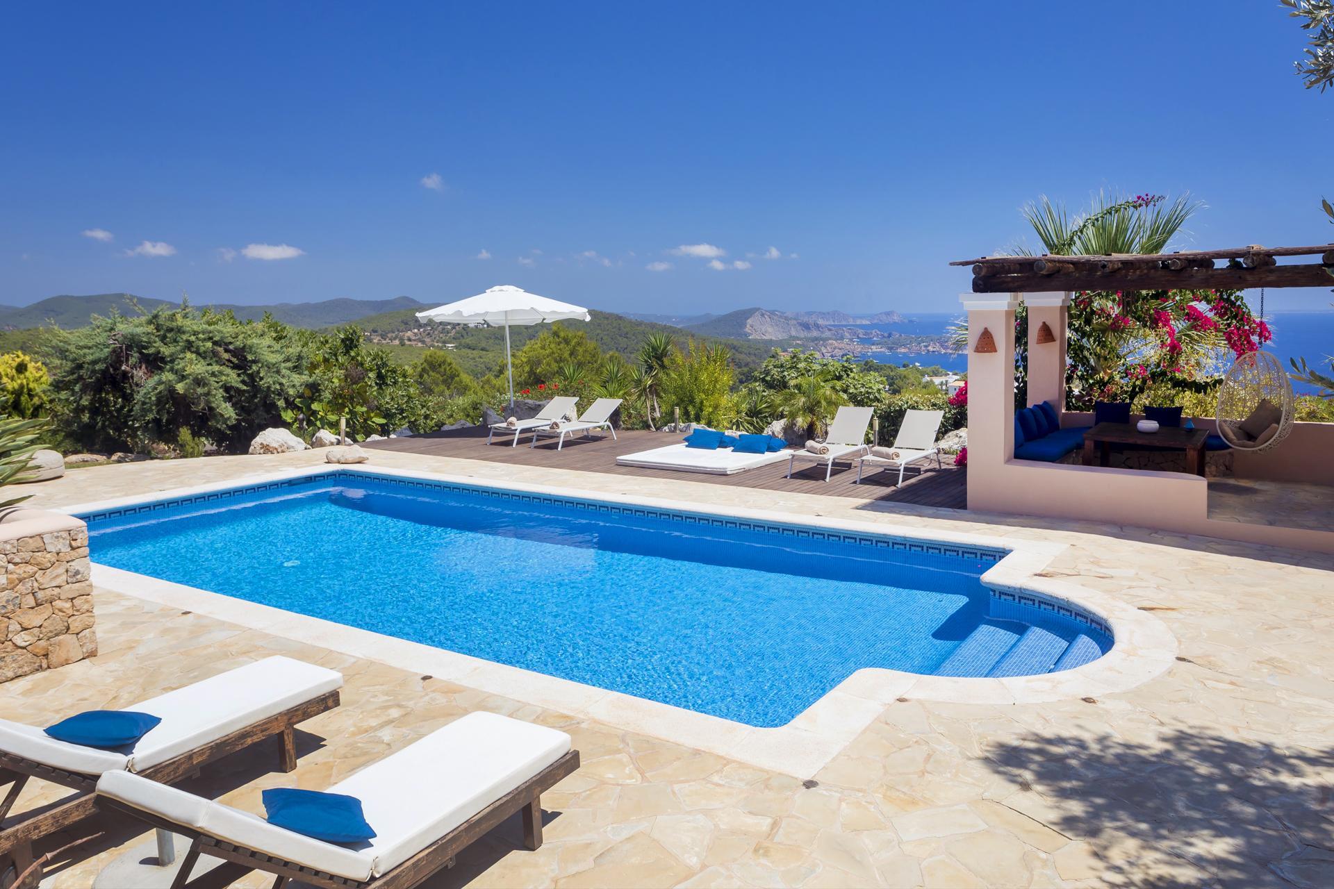 Apartment Villa Cas Berris  Lujo y Vista mar en Es Cubells photo 17539220