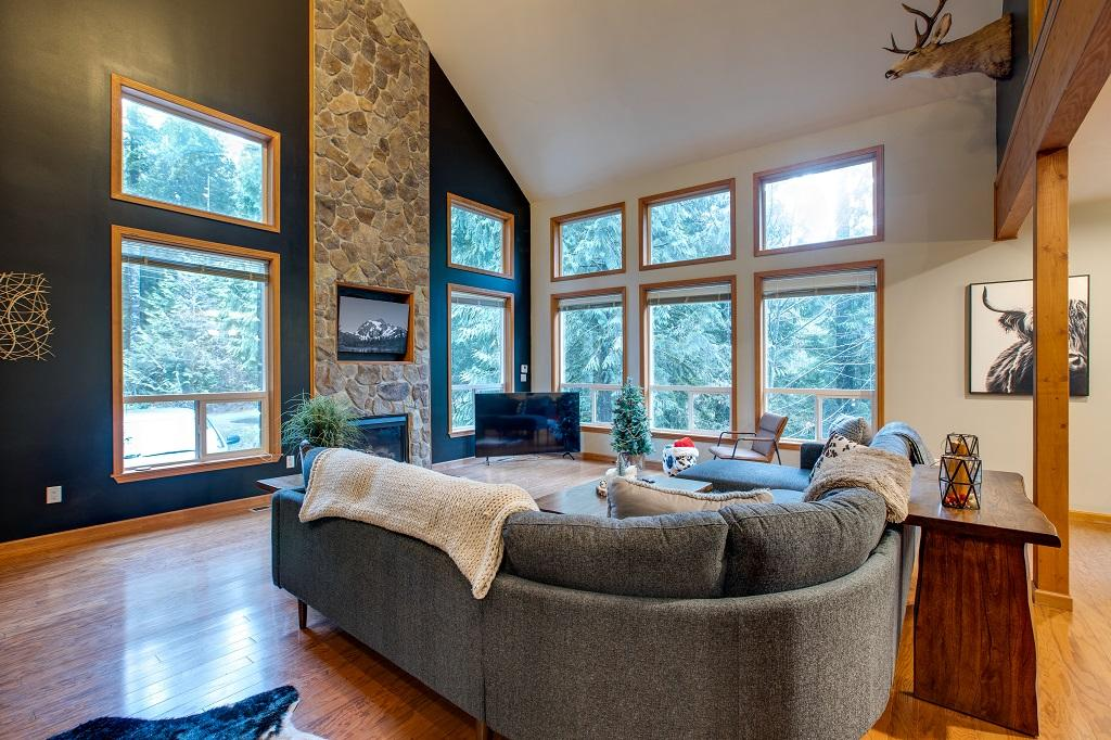 Mt. Baker Lodging Cabin #20 – PET FRIENDLY, W/D, WIFI, SLEEPS 6! photo 31817402