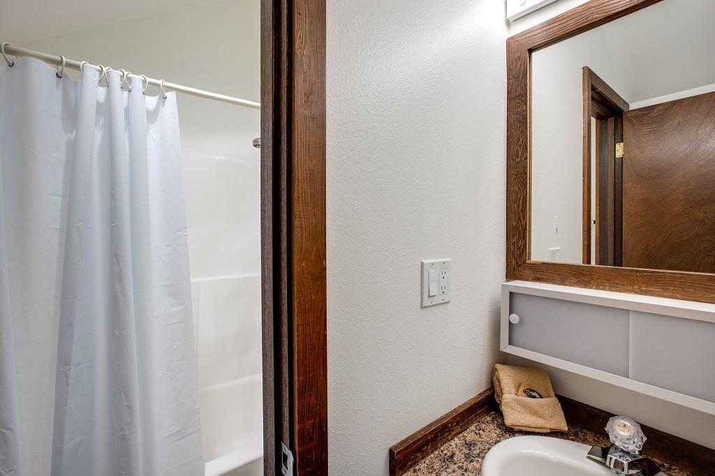 Apartment Mt  Baker Lodging Condo  06  ndash  FIREPLACE  DISHWASHER  W D  SLEEPS 7  photo 31817461