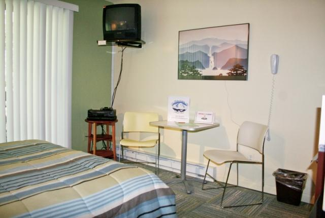 Mt. Baker Lodging Condo #88 – INEXPENSIVE, ECONOMICAL, KITCHENETTE, SLEEPS-2! photo 60894