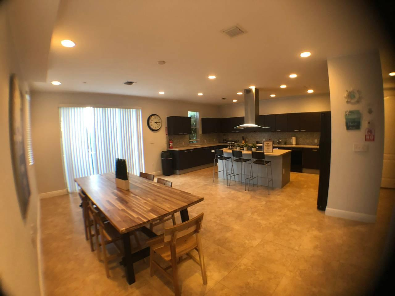 Apartment NEW  House Close to Everything in Fort Lauderdale  photo 31742807