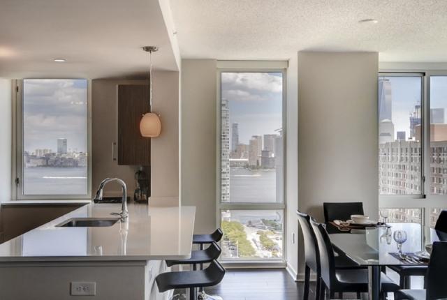 Luxury Apartments at Newport photo 53312