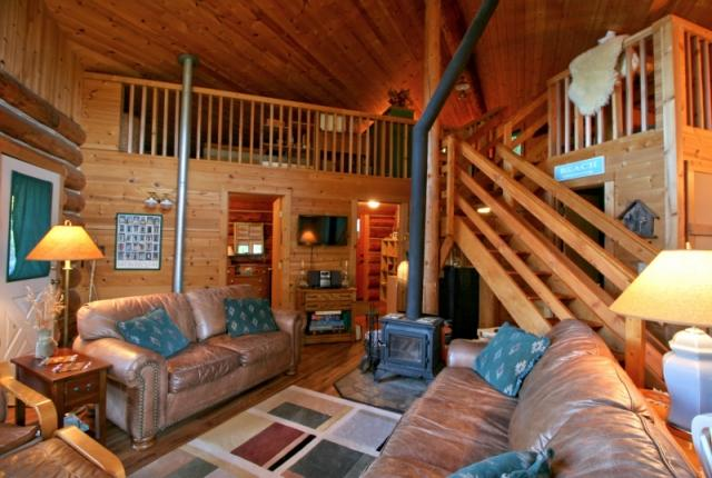 Mt. Baker Lodging Cabin #97 – REAL LOG CABIN, LAKESIDE, DOCK, PETS OK, SLEEPS-6! photo 60983