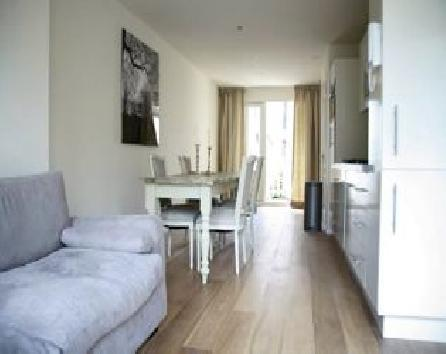 ams 476  amsterdam rentals luxurious little prince apartment