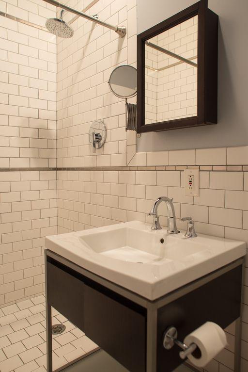3 bedroom 2 bath in the Flatiron district photo 102498