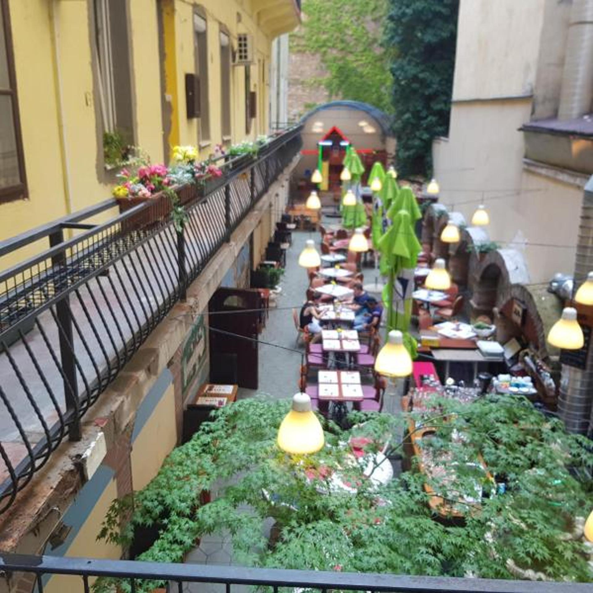 Apartment Vaci Center Romantic Apartment photo 3941436