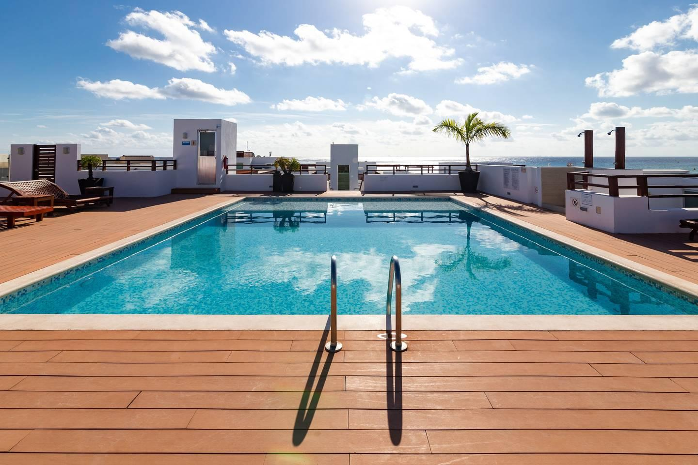 Gorgeous Ocean View Condo: Pretty Private terrace photo 11111557