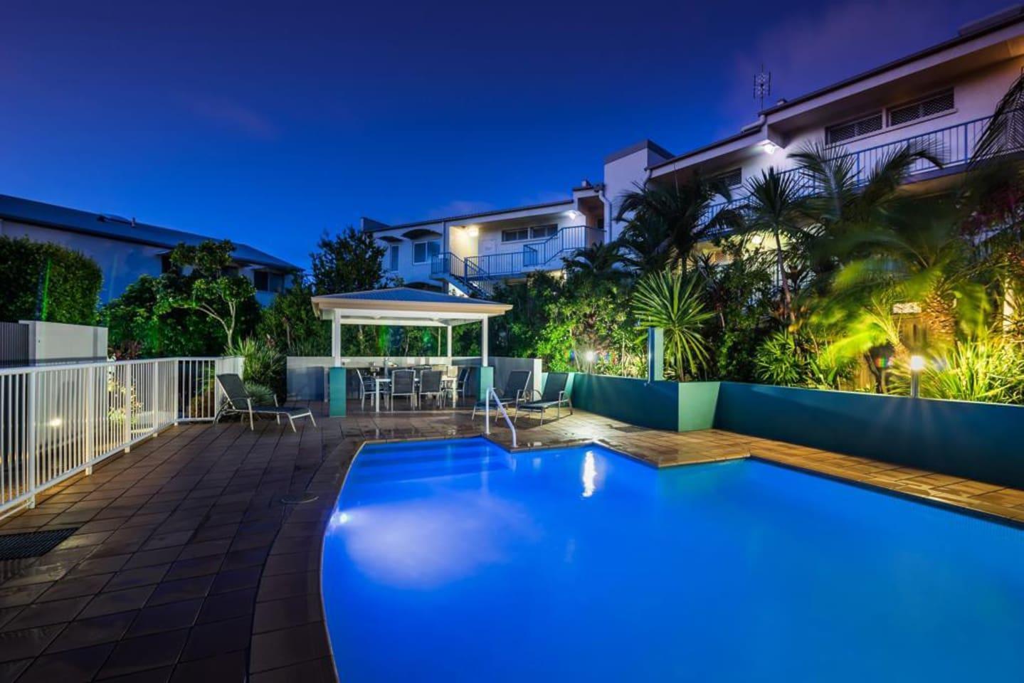 Apartment 2BR Coolum Beach    Rooftop Terrace   Spa   Tennis   Pool photo 26289860