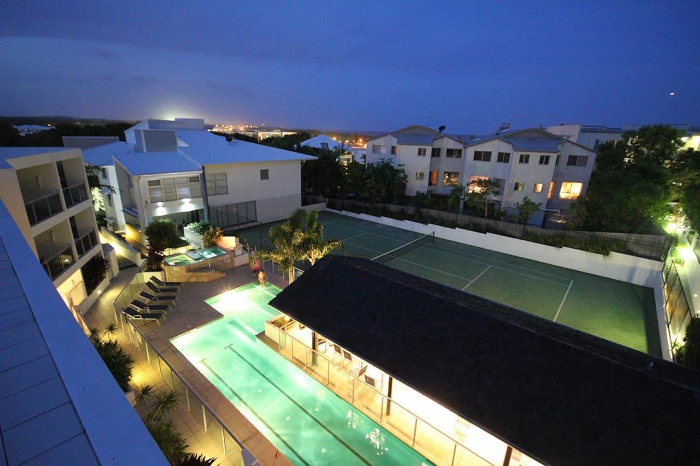 Apartment 2BR Coolum Beach    Rooftop Terrace   Spa   Tennis   Pool photo 26289847