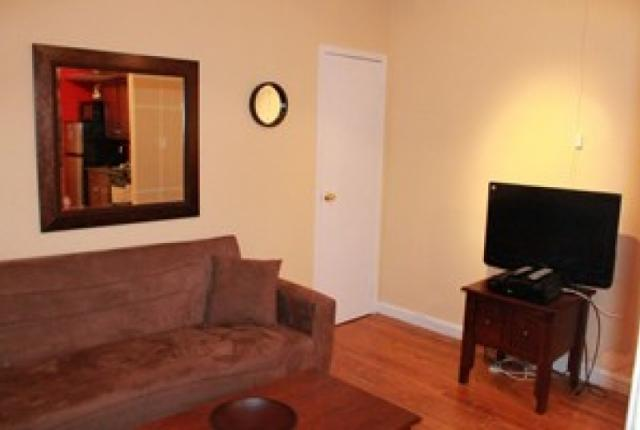 Central 1 Bedroom in Midtown East photo 51164