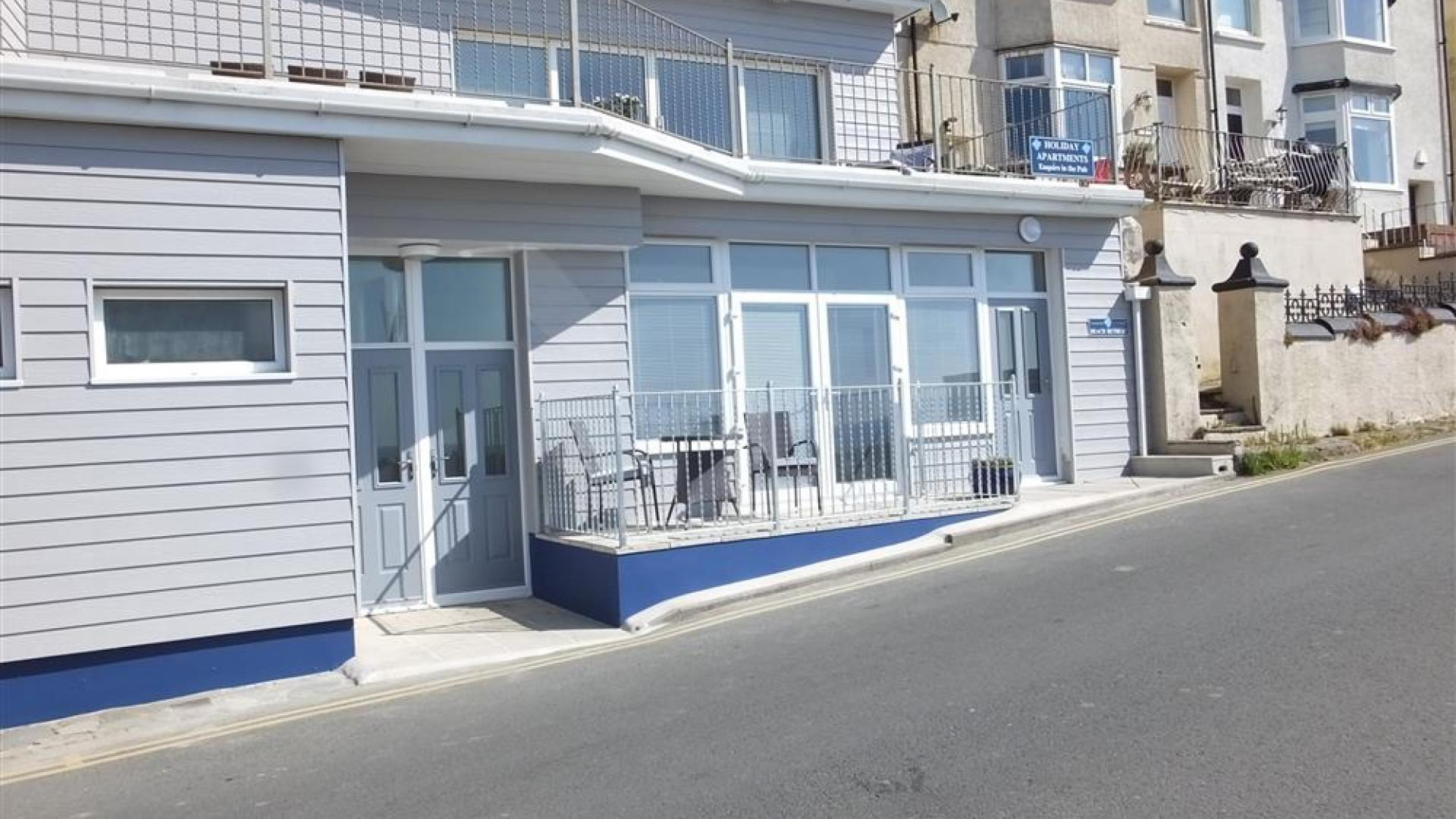 Apartment Beach Retreat photo 27736559