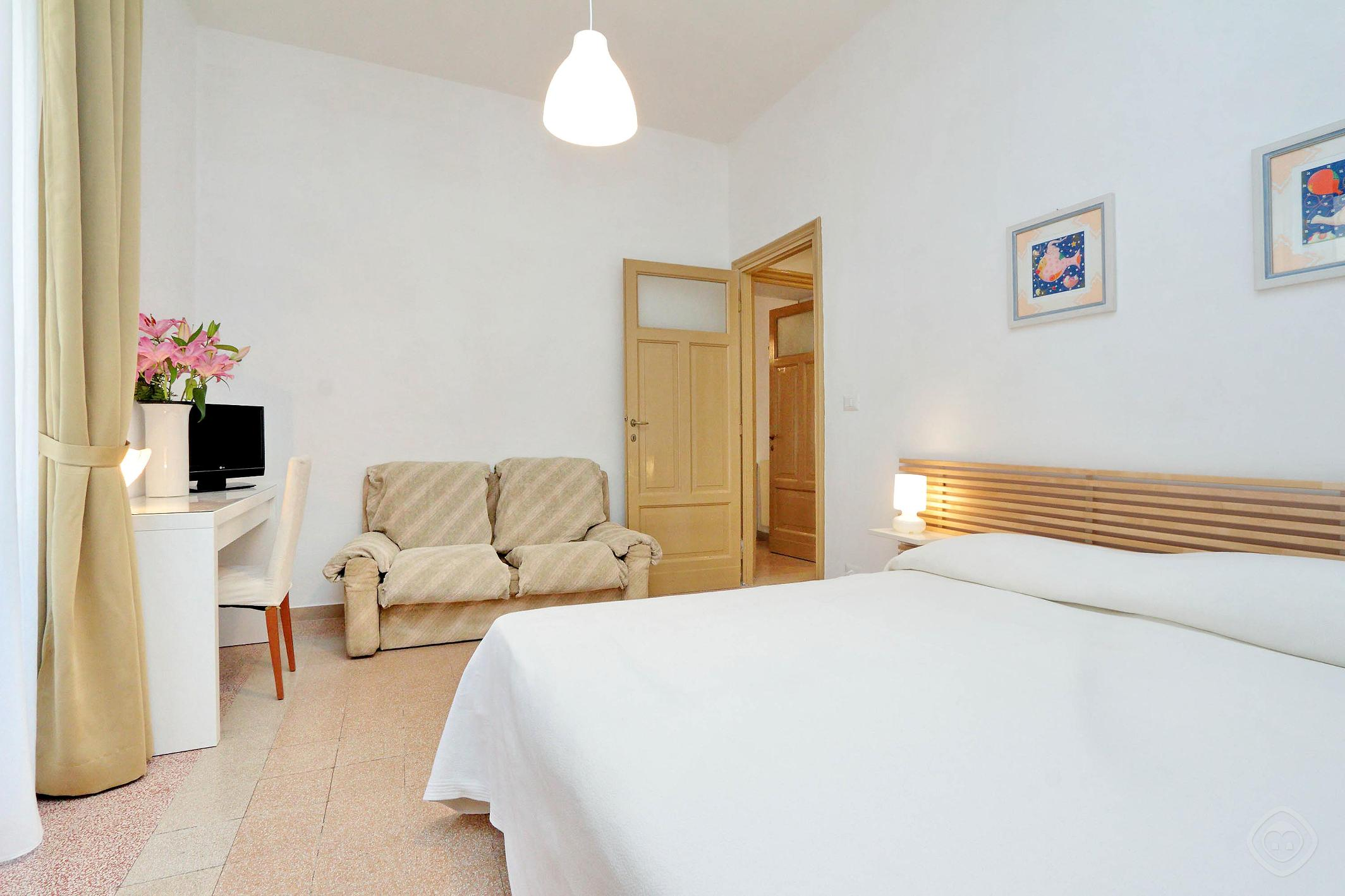 Authentic Family apartment Rome photo 31815512