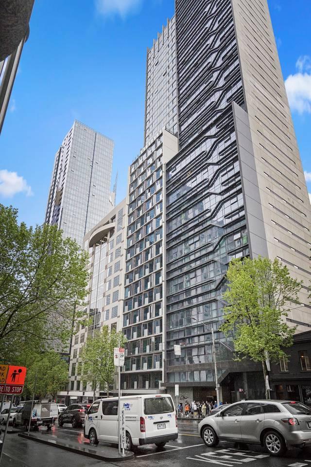 Apartment DreamHost at Carlson View 18 photo 31795056