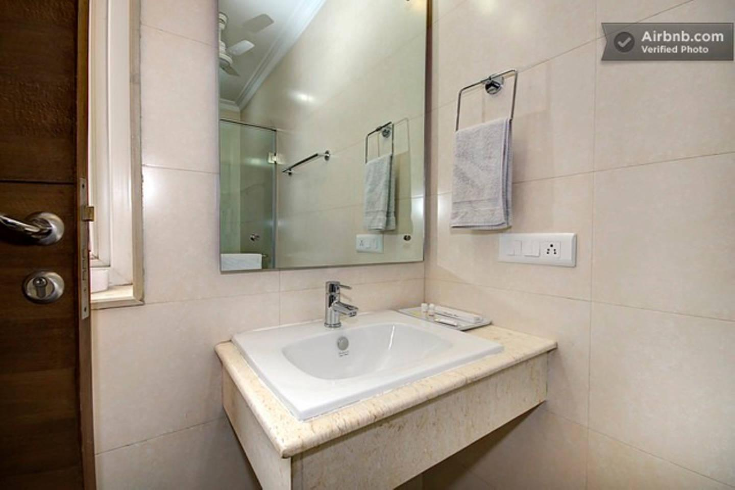 Apartment 2 BHK Serviced Apartment Cyber Park  Perch  photo 31767979