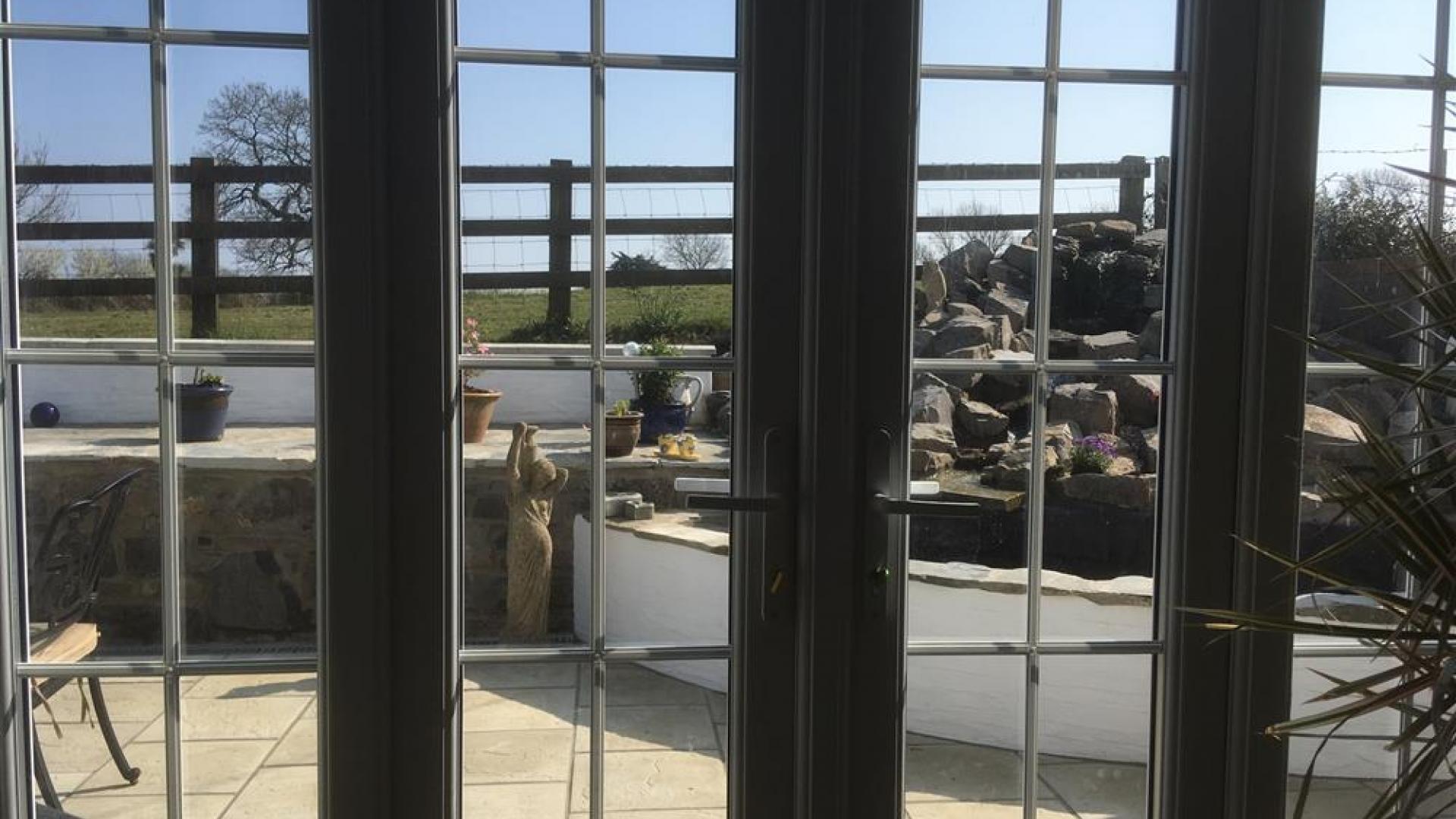 Apartment Topsham Drive photo 27740839