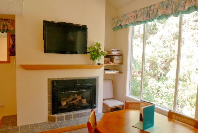 Mt. Baker Lodging Condo #38 – FIREPLACE, DISHWASHER, W/D, SLEEPS-6! photo 60067
